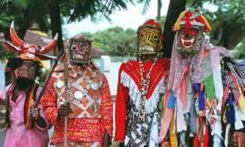 Jonkunnu performers